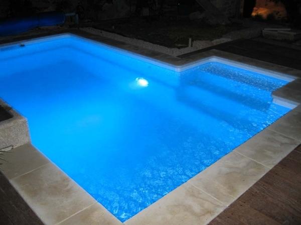 Deycon for Fabricantes piscinas poliester
