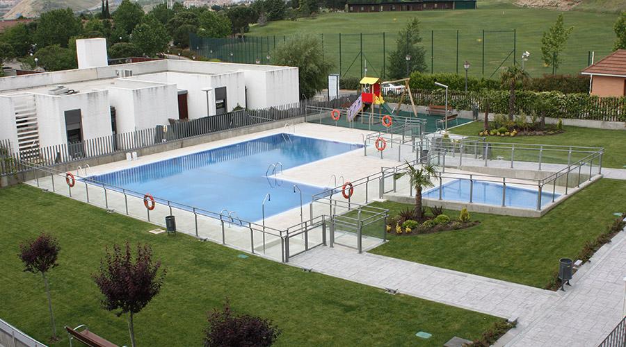 Deycon for Se hacen piscinas hormigon